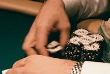 Video Poker όπως λέμε Πόκερ / Γνωρίστε τι είναι το Video Poker, μέσα από κανόνες, παραλλάγες αλλά και καζίνο που θα το παίξετε.