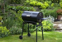 BBQs & Grills / A wide range of BBQs to choose from - gas BBQ, portable BBQ, kettle BBQ, barrel BBQ or traditional barrel charcoal barbecue grill.