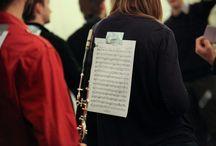 [OEF 2011] Flashmob Orchestres en fête ! / Flashmob sur l'Arlésienne de Bizet à la Gare du Nord pour Orchestres en fête 2011 ! Julie Gayet, marraine de l'édition 2011, était présente à l'évènement. http://www.orchestresenfete.com/2011/