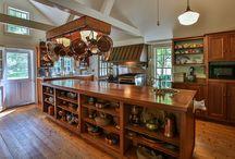 Farmhouse Kitchen / by Victoriana Magazine