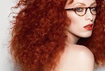 Szemüvegek vörös hajhoz