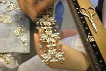 Vyšívanie na tkanivo kamienkami