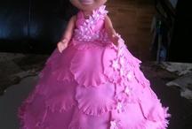 Dora doll cakes