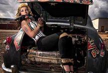 Rockabilly & Vintage / by Amanda Magnino