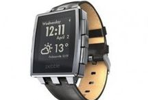 Pebble Steel / Pebble Steel offers all the previous model advantages, now with a more elegant design, plus the wide application ecosystem, provided by Pebble OS platform. This makes it one of the most interesting smartwatch at the moment; especially for those who don't have a compatible device with Android wear.