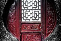 Doors of the World / Love Architecture and Travel? Here is a collection of amazing doors from around the world!