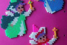 Hama perler / Inspirasjon til ting jeg og ungene kan lage med perler.