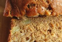 banana breads / by Kimberly Wylie