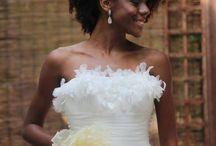 Penteados para noivas e madrinhas com cabelo natural