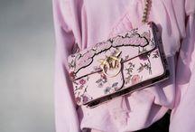 Taschen // Bags - Tab's Style / Beautiful bags - I have or Need Ich liebe Taschen! Hier seht Ihr eine Auswahl an Taschen, die zum Teil mir gehören oder auch It-Bags oder Taschen, die ich liebe!