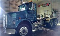 Used 1998 Freightliner FLD112 for Sale ($18,900) at Dubuque, IA / Make:  Freightliner, Model:  Other, Year:  1998, Exterior Color: Blue, Doors: Two Door, Vehicle Condition: Good,  Mileage:765,000 mi, Fuel: Diesel.   Contact: 563-590-2565  Car Id (56152)