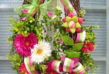 FRONT DOOR DECORATIONS / Wreath for all occasions / by Marion Bergeron