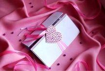 Розовая открытка