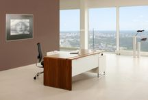 EXECUTIVE DESKING / Prestigious executive furniture collection, where the designer research finds the highest expression. Elegant executive desks, flexibility, and timeliness, with refined details