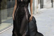 How To Style A Black Lace Maxi Dress