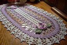 Crochet Doilies / by DesignEssentials.biz