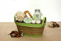 Beautiful Organic Gifts for Mother's Day! / Looking for something distinctive for Mother's Day? Check out our range of stylish organic gift baskets filled with earth friendly, high quality products!
