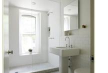 Bathroom Love / by Peggy Bennett