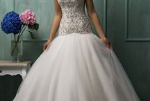 Wedding Dresses / by Latricia Herman