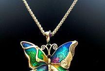 Fashion & Jewelry  / by Jennifer Emberton