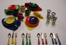 Miniature Dishes / One inch scale Collectable Miniature Dishes & Dinnerware