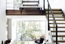 n.dom- schody