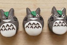 Totoro macaroon