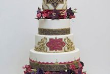 Wedding Cakes To Show Your Baker / Wedding cake inspiration! Take these images to your wedding cake baker! They are stunning and unmissable! Search through the FREE wedding cake inspiration board!