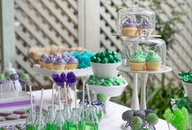 green desserts tables