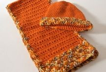Abbigliamento fatto a mano - inverno / Una vasta scelta di cappelli, sciarpe e altri capi originali per donne e bambini!