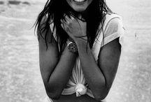 :-) / o que me rouba sorrisos