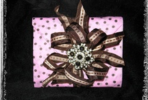 Wrap it Up! / Beautiful gift wrapping ideas and techniques.  Presentation Presentation!