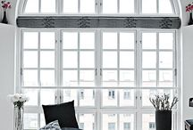 Black and White / The ultimate classic color combination makes any room sophisticated, chic, and timeless.