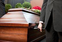 Onoranze funebri Beato Cottolengo / L'Impresa Funebre Beato Cottolengo garantisce ad ogni cliente un'assistenza completa, che va dalle prime pratiche burocratiche fino alla conclusione del servizio funebre ad un costo funerali Torino accessibile.