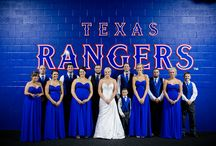Wedding Party Poses / Wedding party poses, group photo posing ideas, bridal party pictures, bridesmaids poses, groomsmen pose ideas, wedding photo ideas, Dallas wedding photography, Fort Worth wedding party photos, Destination wedding photographer group photos http://www.monica-salazar.com
