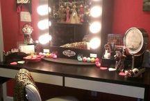 Bedroom vanities - teen room