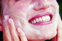 Microdermabrasion Kits & Tips / A roundup of the best microdermabrasion kits on the market