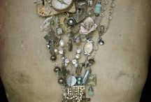 ALTERED JEWLERY/JEWLERY / by Cindy Smith