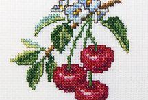 Kanaviçe Meyveler