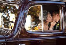 Inspiring Weddings-Bride/Groom Pose: CARS / by Elizabeth Pruitt