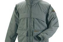 Ropa de abrigo de alta calidad. / Dentro de Marca Protección Laboral, METEO le brinca protección con ropa de abrigo para el trabajo, contando con gran variedad de chalecos, polares, parkas y cazadoras náuticas. Abrigo, frio, forro polar, impermeable, Soft-shell, Pro series,