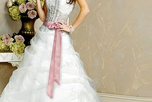 Lace Bodice Wedding Dresses