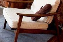 Fotel - drewniane podłokietniki