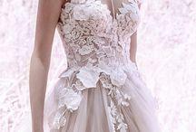 Menyasszonyi ruhák- amik tetszenek :)