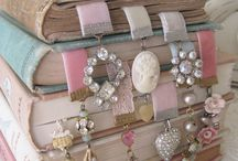 Vintage and Shabby Chic Goodness / by Angela Sargeant Papercrafts