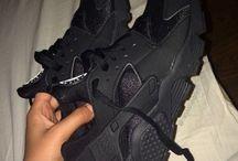 Shoeess