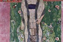 Gustav Klimt / Gustav Klimt, né le 14 juillet 1862 à Baumgarten près de Vienne, mort le 6 février 1918 à Vienne, est un peintre symboliste autrichien, et l'un des membres les plus en vue du mouvement Art nouveau et de la Sécession de Vienne. Peintre de compositions à personnages, sujets allégoriques, figures, nus, portraits, paysages, dessinateur, décorateur, peintre de cartons de tapisseries, cartons de mosaïques, céramiste, lithographe. (wikipedia)