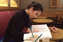Ulzzang studying