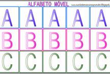 Alfabeto móvel - cartelas coloridas e em preto e branco