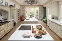 Beautiful Painted Kitchens / Painted Kitchens for Country Houses